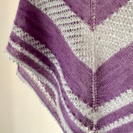 Close up of Shooting Stars shawl showing the lace and picot edging